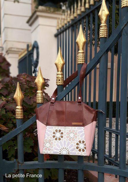 Tasche Lexa Hansedelli schlicht modern Mosaik Wachstuch rosa Businesstasche nähen Shopper Schnittmuster