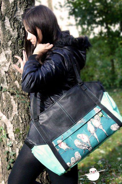 Tasche Lexa big Hansedelli schwarz petrol Vögel Weekender nähen Reisetasche Schnittmuster
