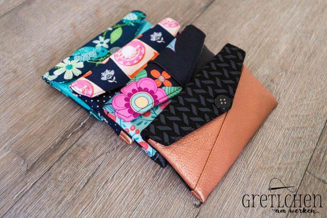 Freebook Smartphonetasche KUORI Hansedelli schwarz Kupfer Kunstleder Handytasche kostenloses Schnittmuster Täschchen nähen