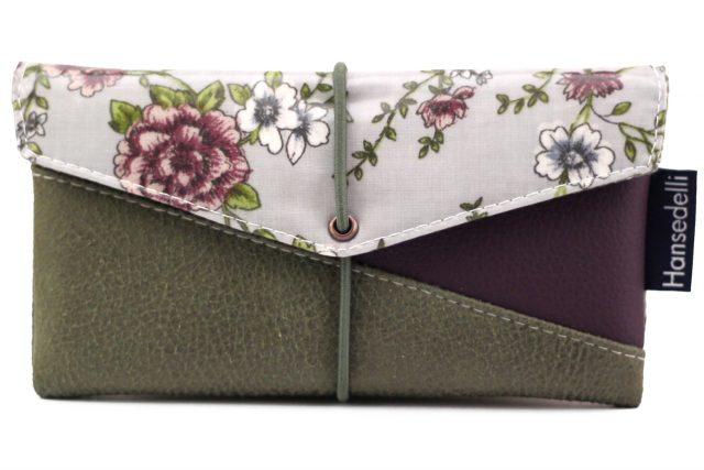 Freebook Smartphonetasche KUORI Hansedelli Blumen Flieder Lila grün Kunstleder Handytasche kostenloses Schnittmuster Täschchen nähen