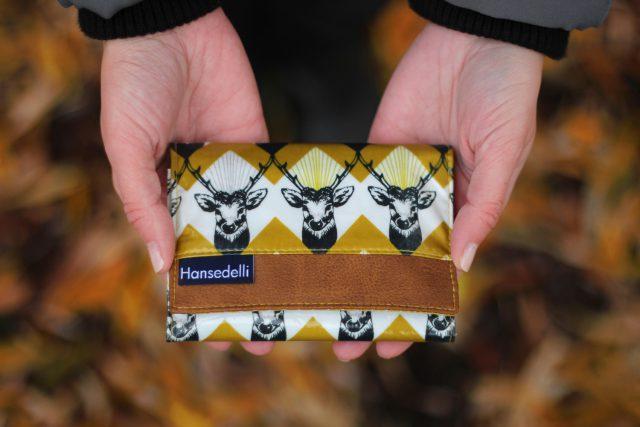 Mr Ryks Hansedelli Kokka Hirsche Echino Zickzack gelb Männergeldbörse nähen Portemonnaie für Männer Schnittmuster Kindergeldbörse