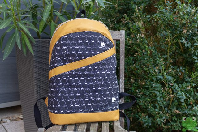 Rucksack ROANA von Hansedelli Apfel blau gelbes Kunstleder Rucksack nähen Schnittmuster