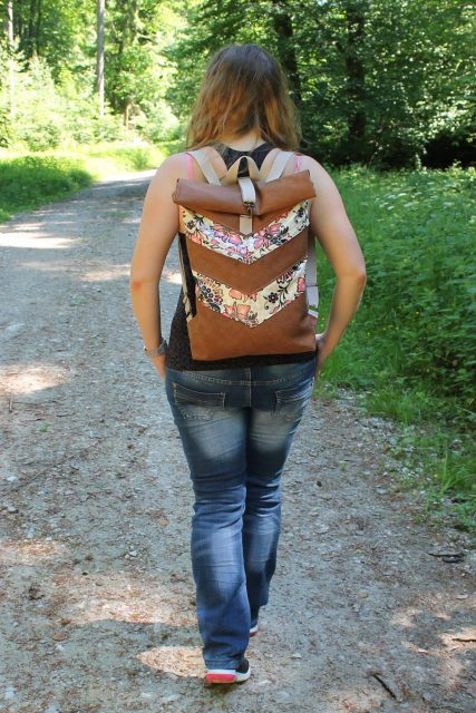 Varo Rucksack Rolltop floral Schnittmuster