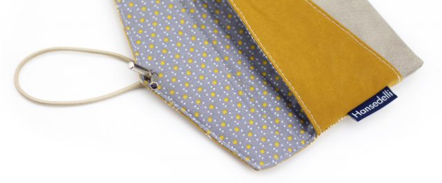 KUORI Smartphonetasche Freebook Täschchen innen