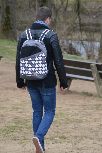 ROANO Hansedelli nähen für Männer Schnittmuster Rucksack schwarz weiß geometrisch