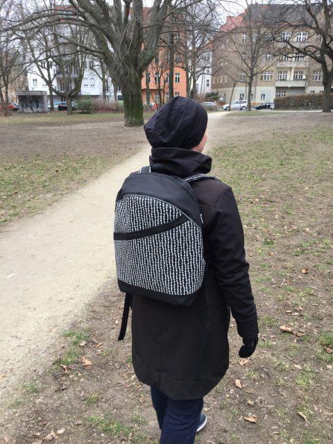 ROANO Hansedelli nähen für Männer Schnittmuster Rucksack schwarz weiß