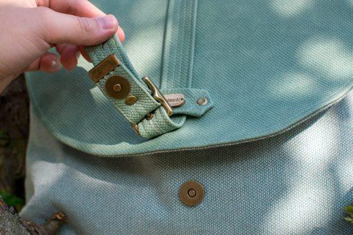 fake Riemenverschluss mit Magnet Tutorial Taschenverschlüsse befestigen Hansedelli Tasche nähen
