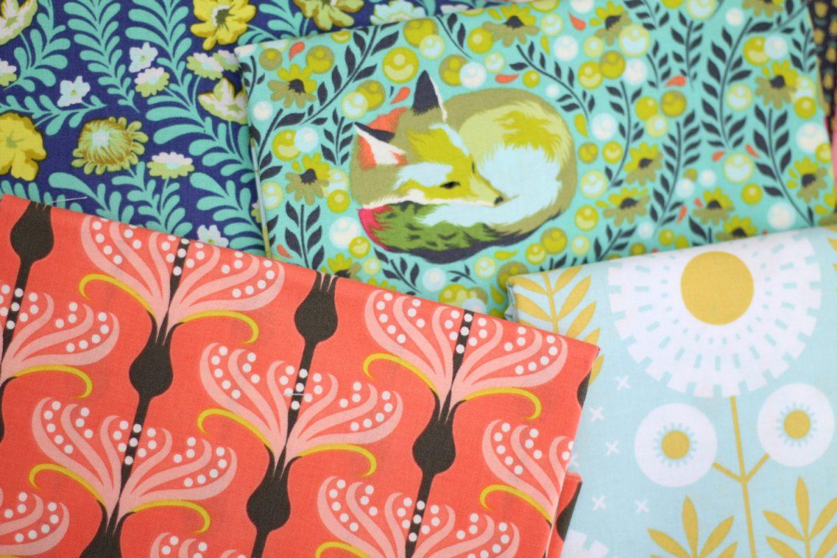 floral Stoff korall mint Blumen Hansedelli